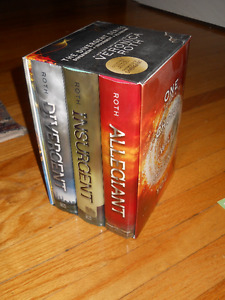 Divergent Series Trilogy Hardcover Box Set by Veronica Roth