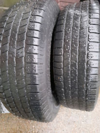 Tyres 265/70/17