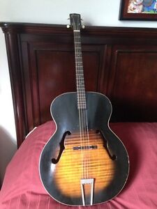 Harmony acoustic Tenor guitar 1962