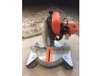 Silverline compound laser mitre saw
