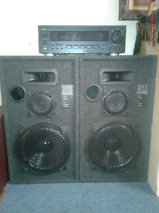 2 Acoustic studio monitors and receiver for sale