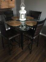 Contemporary pub style kitchen table with 4 chairs