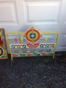 Vinatge tin shooting gallery & targets, made in Canada