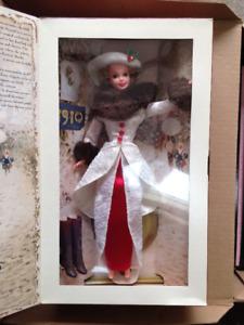 BARBIE 1995 Holiday Memories Hallmark in box $50, OBO