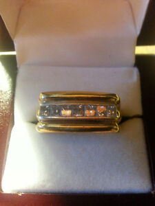 14KT yellow & white gold unisex diamond ring new