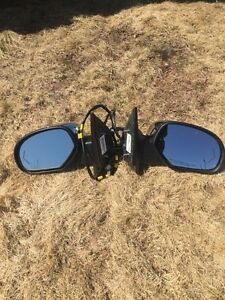 07 to 13 GMC Sierra rear view mirrors