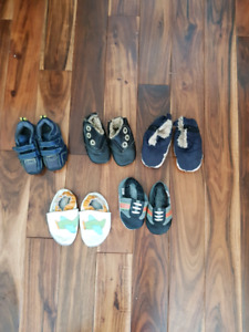 5 pairs of baby shoes/ slippers