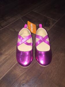 BNWT Gymboree toddler girls size 9 shoes