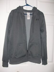 WOMEN'S UNDER AMOUR HOODIE (Size Medium)