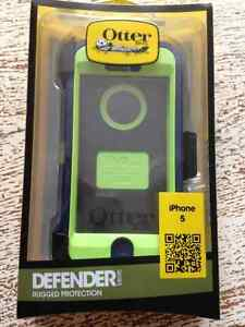 Otter box iPhone 5/5s/SE defender case *NEW*
