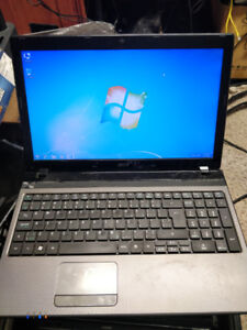 Acer Aspire 5560 Quad Core
