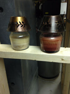 2 Candles with metal shade