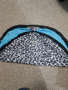 Shopping cart cover/breastfeeding cover
