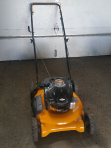 1st pull start Poulan Pro Lawnmower 6.75 tuneup just done