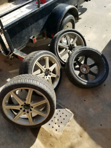 Fast Aluminum rims with like new summer tires