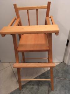 petite chaise haute en bois pour faire manger une poupée