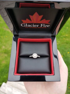 Glacier Fire Wedding Set - Excellent Condition!!!