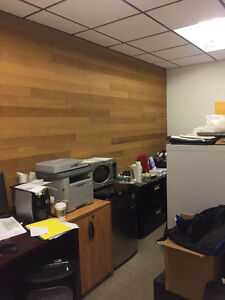 Bright corner office with free parking North Shore Greater Vancouver Area image 5