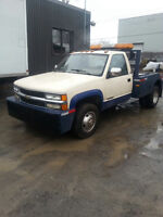 1989 GMC  towing bas milage 68000km 5900$ tax incluse