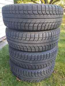 Michelin X Ice 215/65/R15 Tire