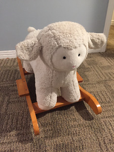 Petit mouton à bascule - Rocking horse (sheep)