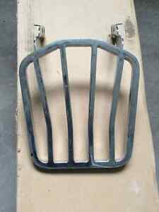 Tapered luggage rack for 1984 to 2006 Softail models