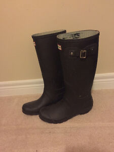 Tall Hunter boots with free winter socks Kitchener / Waterloo Kitchener Area image 1