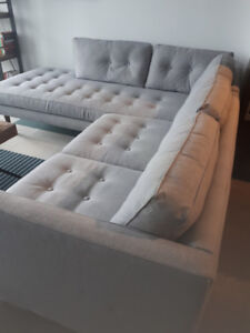 EXCEPTIONAL CONDITION - WEST ELM SOFA