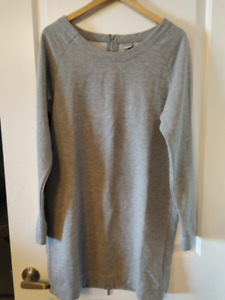 BENCH: Light Grey Sweatshirt Dress (XL/12)
