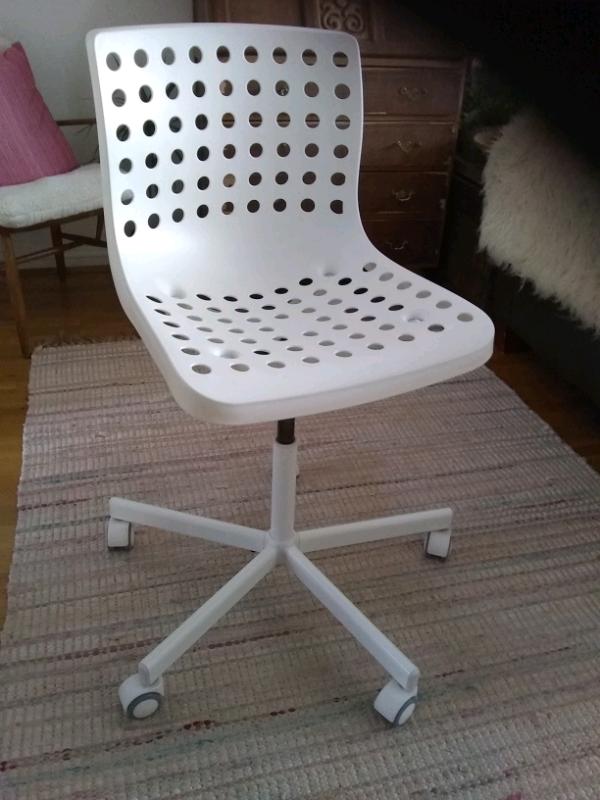 ikea desk swivel chair adjustable height  in poole
