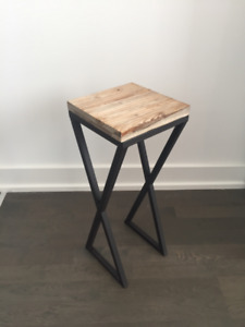 Modern small accent table