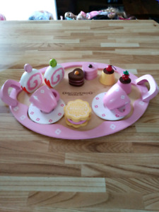 Wooden Tea set. Rothesay pick up