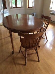Table bois antique négociable