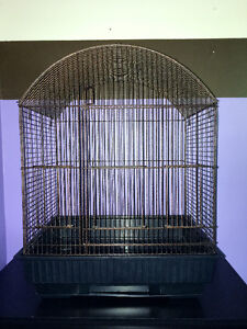 Brand New Medium Bird Cage & Stand In Perfect Condition