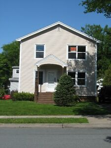 3 bedrooms Connaught ave