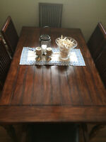 **********Dining Set  Table with 6 chairs and 2 leaflets