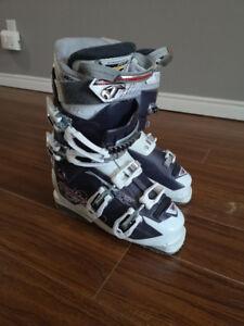 Women's Ski Boots - Excellent Condition