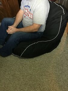 Student/bean bag type chair
