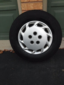 """14"""" rims, hubcaps and 195/70/R14 All Season tires (set of 4)"""