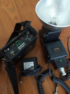 SUNPAK 120J with battery and wireless trigger