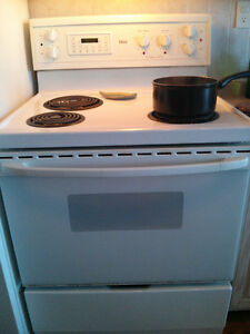 Gibson Self Cleaning Stove