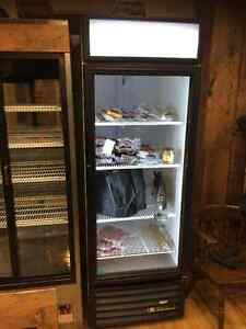 Stand Up Display Fridge with Glass Door