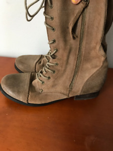 Womens ALDO Light Brown Boots Size 9