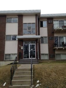 #1 263-4th ST SE! Beautiful 2 Bedroom suite