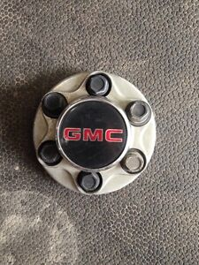 GMC truck Center caps
