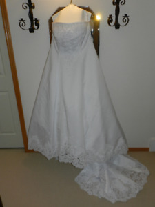 Traditional Wedding Gown with Shawl