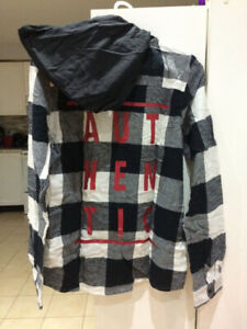 BRAND NEW BOYS XL LONG SLEEVE FLANNEL SHIRT WITH TAG