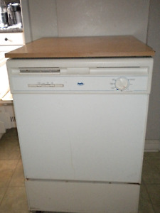 Dishwasher, Portable, Inglis works perfectly