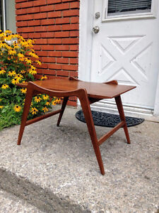 Belle Table Mid Century Moderne Style Pearsall