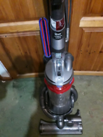 DC25 MK 2 Ball Blitz It Dyson Cleaned Serviced 3 x Tools